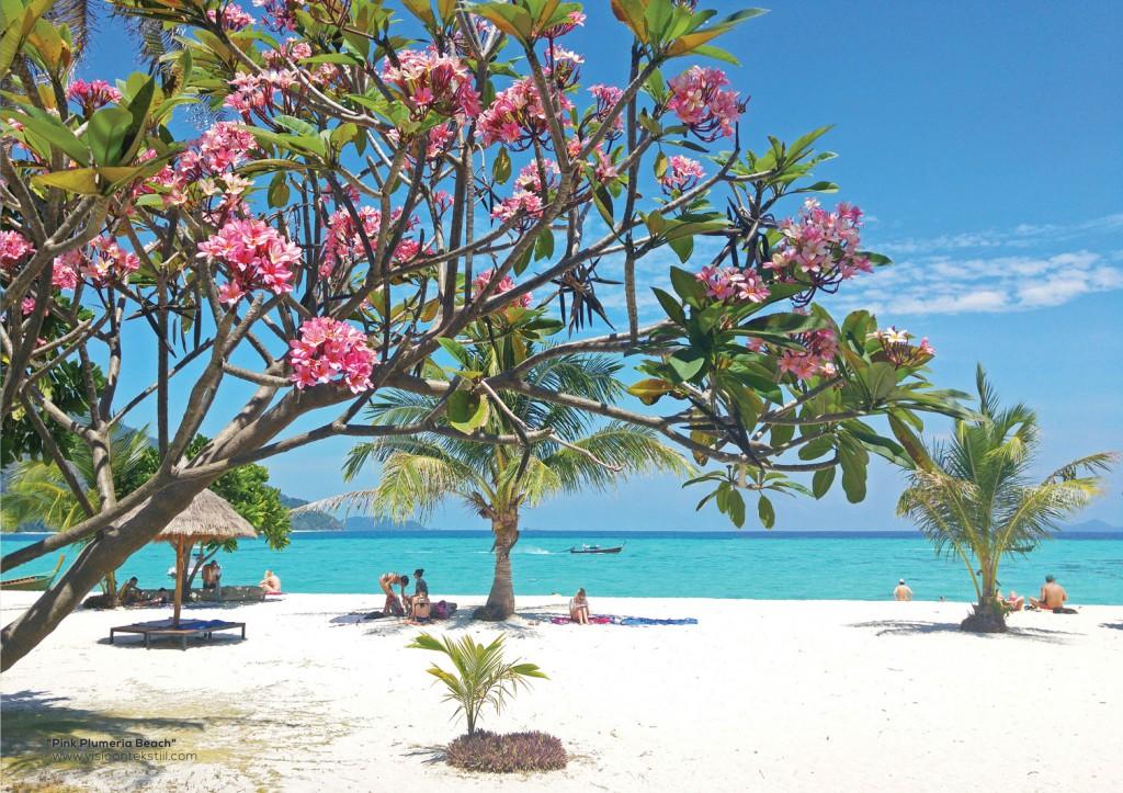 """""""Pink Plumeria Beach"""", rannatekstiil, Liivi Leppik"""