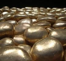Kuldne kivikangas