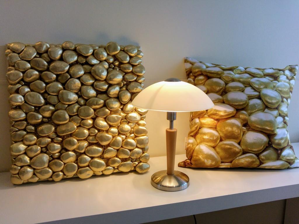 Kuldne 3D kivikangas, Liivi Leppik