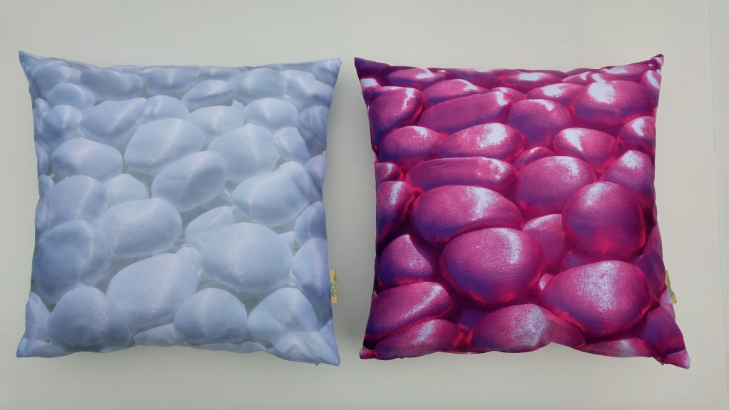 3D Textile Dream, white and violet, by Liivi Leppik