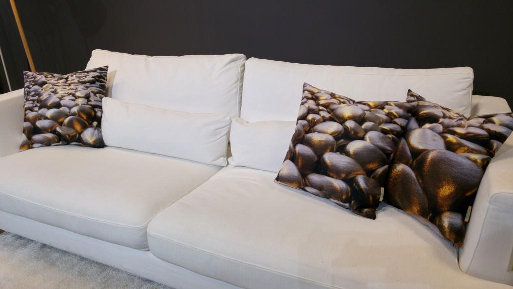 3D dekoratiivpadjad, Liivi Leppik