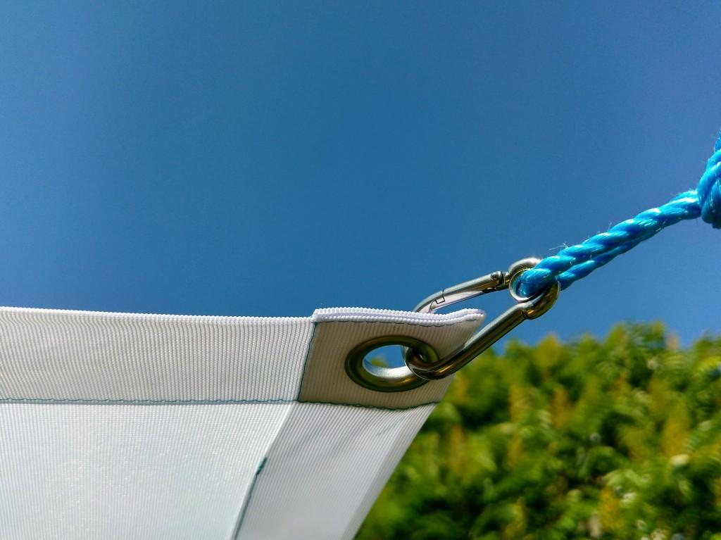 Päikesevarju kinnitus, Liivi Leppik