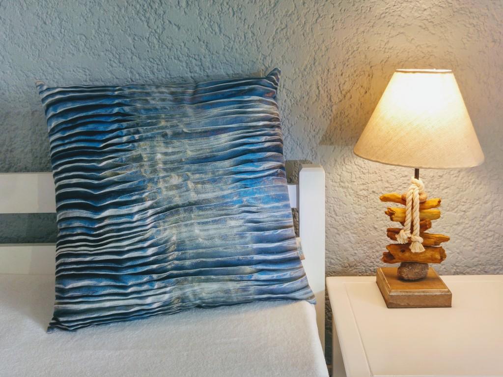 Waves by Liivi Leppik